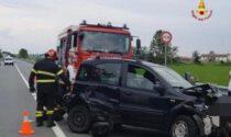 Scontro sulla Vercelli-Desana: 3 feriti